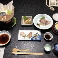 夕食、後から天ぷらが出ました