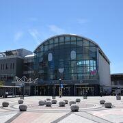 香川県の中心駅である高松駅