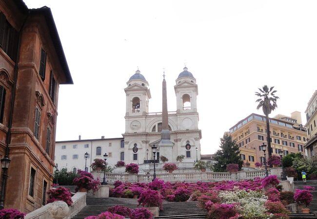 トリニタ デイ モンティ教会