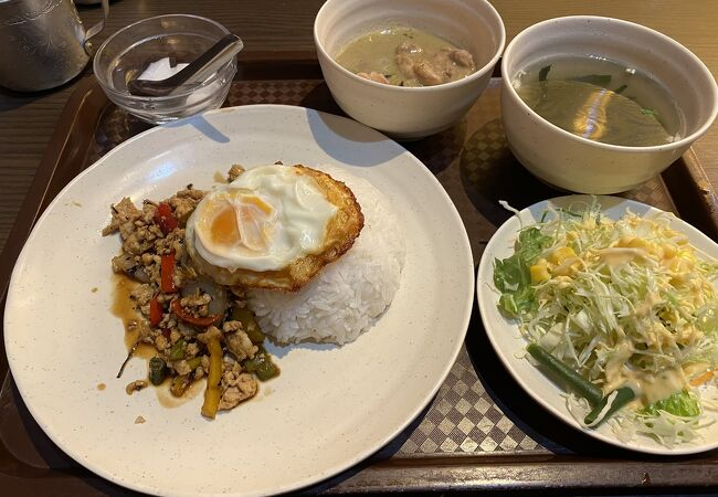 タイ料理セーンタイ