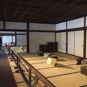 江戸時代のお役所。冬は寒い…