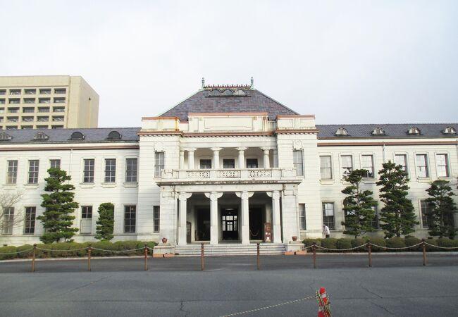山口県旧県庁舎及び旧県会議事堂
