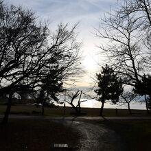 琵琶湖に面しています