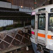 笠寺駅から普通列車に乗車
