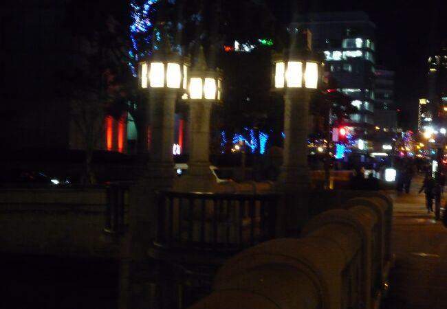 大阪市役所の近くにあるレトロな橋