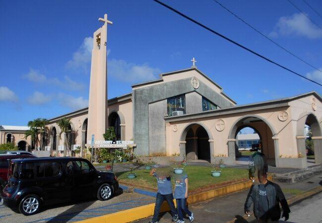 ホスピタル・ロード沿いにあるカトリック教会