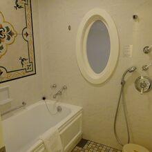 バスルームは独立していて使いやすいです