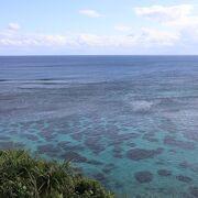 宮古島の美しい海を眺めながら遊歩道を歩く!