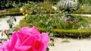 クリスタル宮庭園