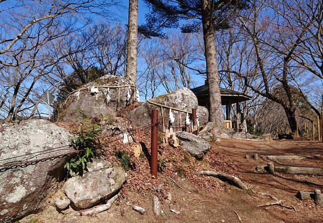 飯盛山城跡