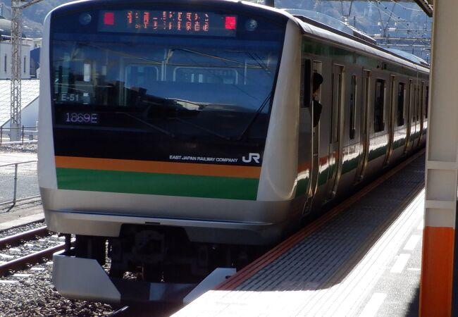 長い距離を走る電車が多かったです。