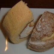 お店お薦めのロールケーキとシュークリームをちょこっと味見