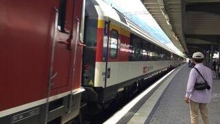 世界遺産の景色を見ながら列車旅を楽しんだ