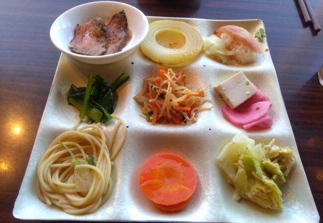 自然食バイキング はーべすと キュービックプラザ新横浜店