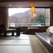 部屋は広い、ビジネスホテルの3倍でゆったり