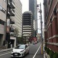 少しばかり、淀屋橋駅からは歩く。