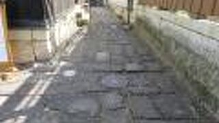 八幡堀石畳の小路