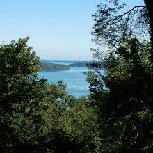 オンタリオ湖とナイアガラ川の眺望