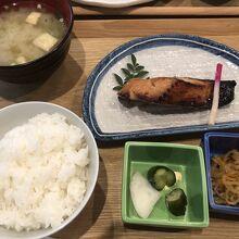 銀タラみりん定食