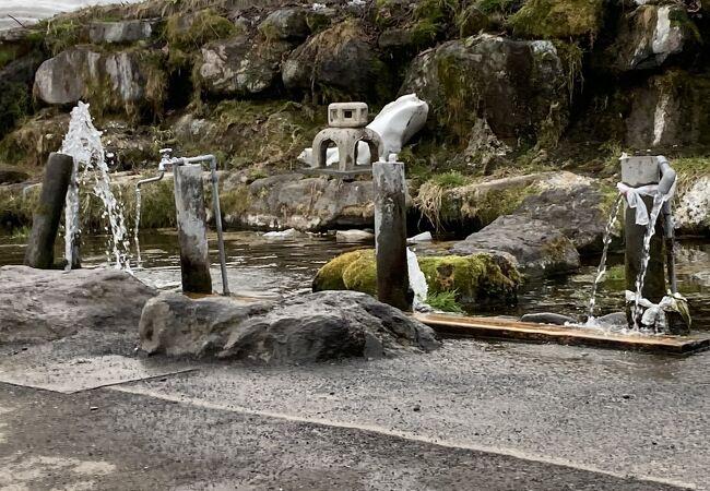 無料の水汲み場