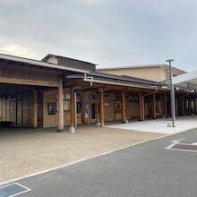 道の駅の建物の様子です。