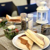 朝食はホットサンドを作ります