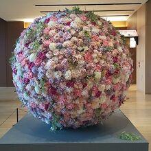 大きなお花のオブジェ