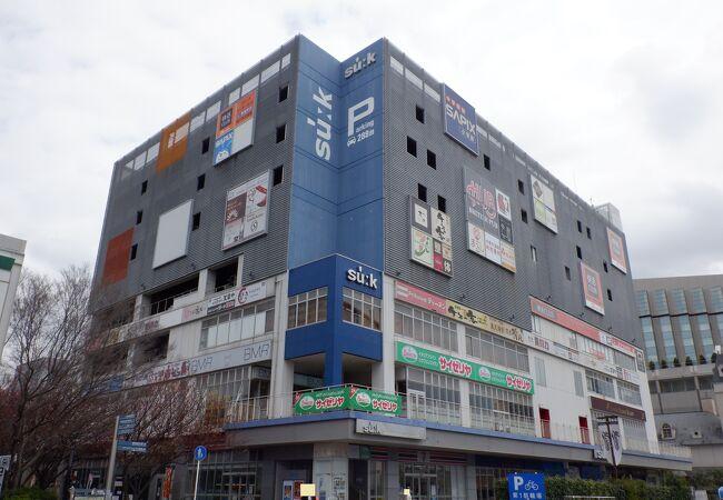飲食店が多く入っているビルでした。