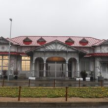 浜寺公園駅 (南海電鉄 洋風木造駅舎)