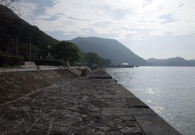 三角西 (旧)港