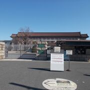 上野恩賜公園の中に含まれたいます。