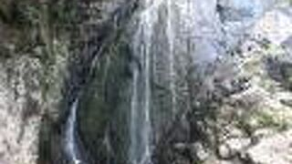 布引滝(鹿児島県屋久島町)