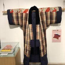 むかしの掛け布団は着物型