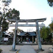 松江城の敷地内にあります