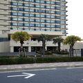 海沿いの綺麗なホテル