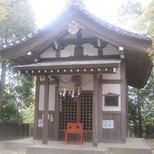富士宮の祠の様子