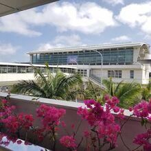 空港から見た沖縄空港駅