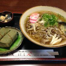 きのこ蕎麦定食