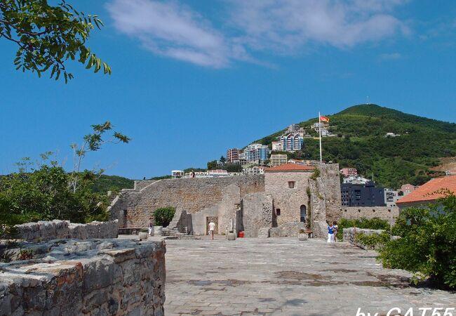ブドゥヴァの城塞