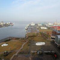 窓からは釧路港