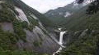 千尋の滝(鹿児島県屋久島町)