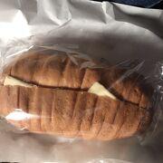 バター挟んだパン