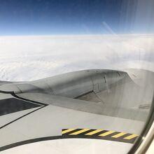 JAL(ボーイング737-800)で羽田に向かう…