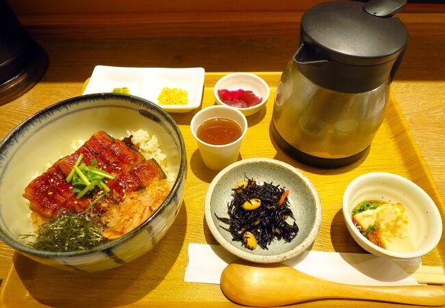 こめらく ニッポンのお茶漬け日和。 ペリエ千葉店