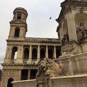 教会前の広場 サンシュルピス広場
