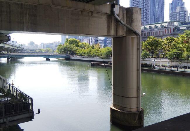水晶橋から撮りました