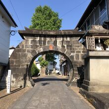 金剛乗寺の石門