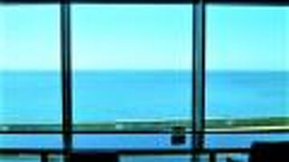 海の見える大回廊