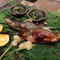夕食④(忍野で育った岩魚の塩焼き)