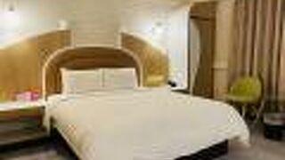 ゴールデン フェニックス ホテル